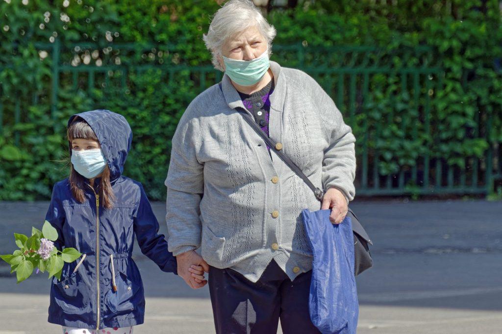 masca-de-protectie-devine-obligatorie-pe-o-raza-de-50-de-metri-in-jurul-scolilor-din-bucuresti